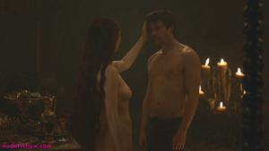 Carice_van_houten-naked-in-Game_of_thrones-S03E08-2-1024x576