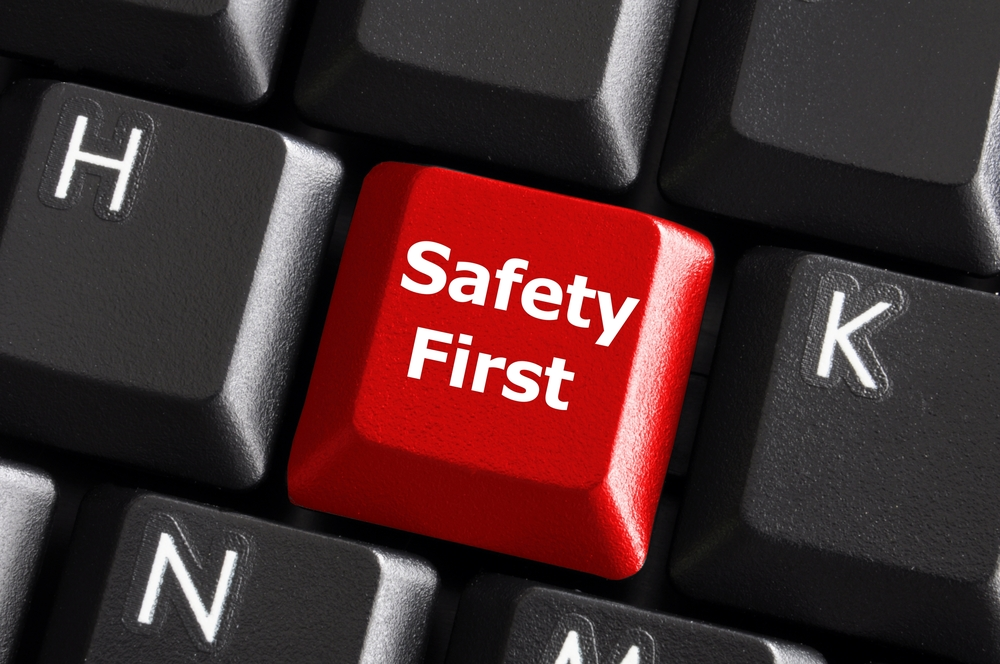 Online-Dating-Safety-Tips